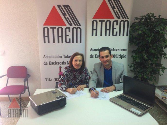 ATAEM  RECIBE DE DIPUTACION PROVINCIAL MATERIAL INFORMATICO